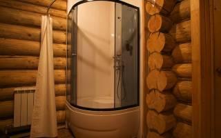 Как обустроить душевую в деревянном доме