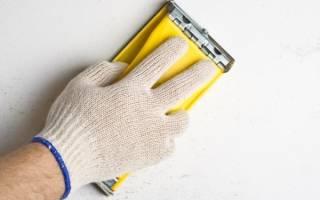 Как ошкурить потолок без пыли