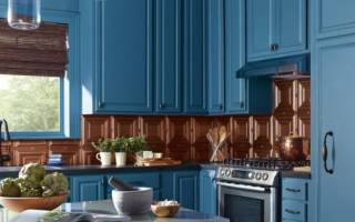 Покраска старой кухонной мебели своими руками