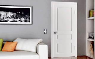 Цвет плинтуса по отношению к дверям