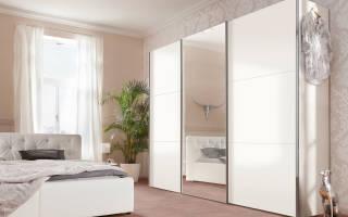 Как снять приклеенное зеркало со стены