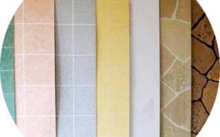 Сочетание кафеля и пластиковых панелей в ванной