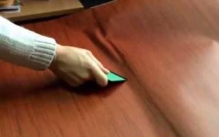 Как наклеить пленку на мебель без пузырьков