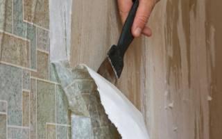 Как быстро ободрать старые обои со стен