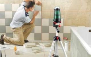 Как клеить маленькую плитку на стену